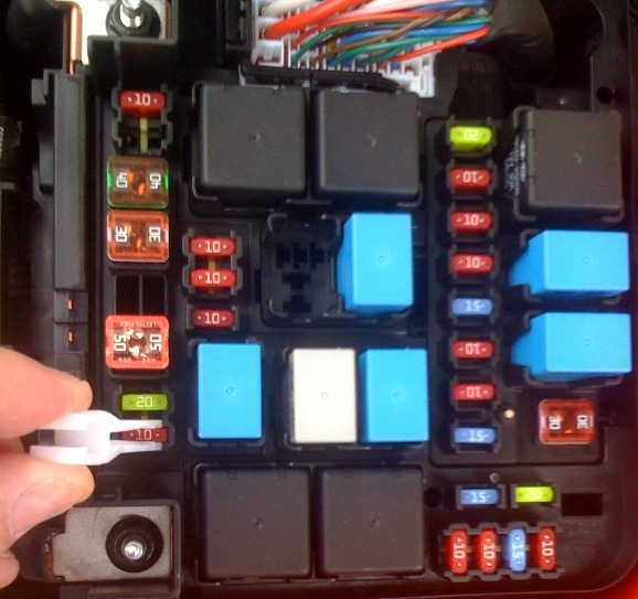 horn not working? kia forte forum Kia Optima Fuse Box Diagram at edmiracle.co